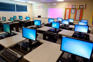 Can Online classes take over the traditional classrooms and their legacy